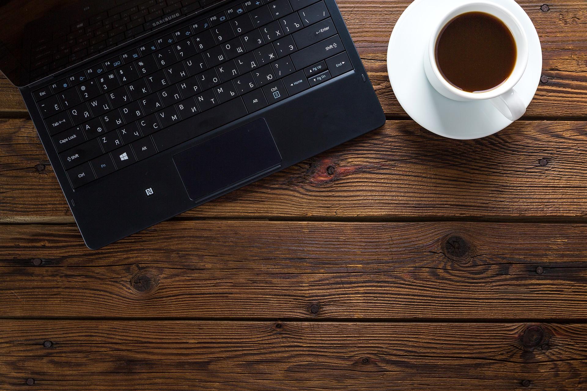 仕事の合間のコーヒー休憩